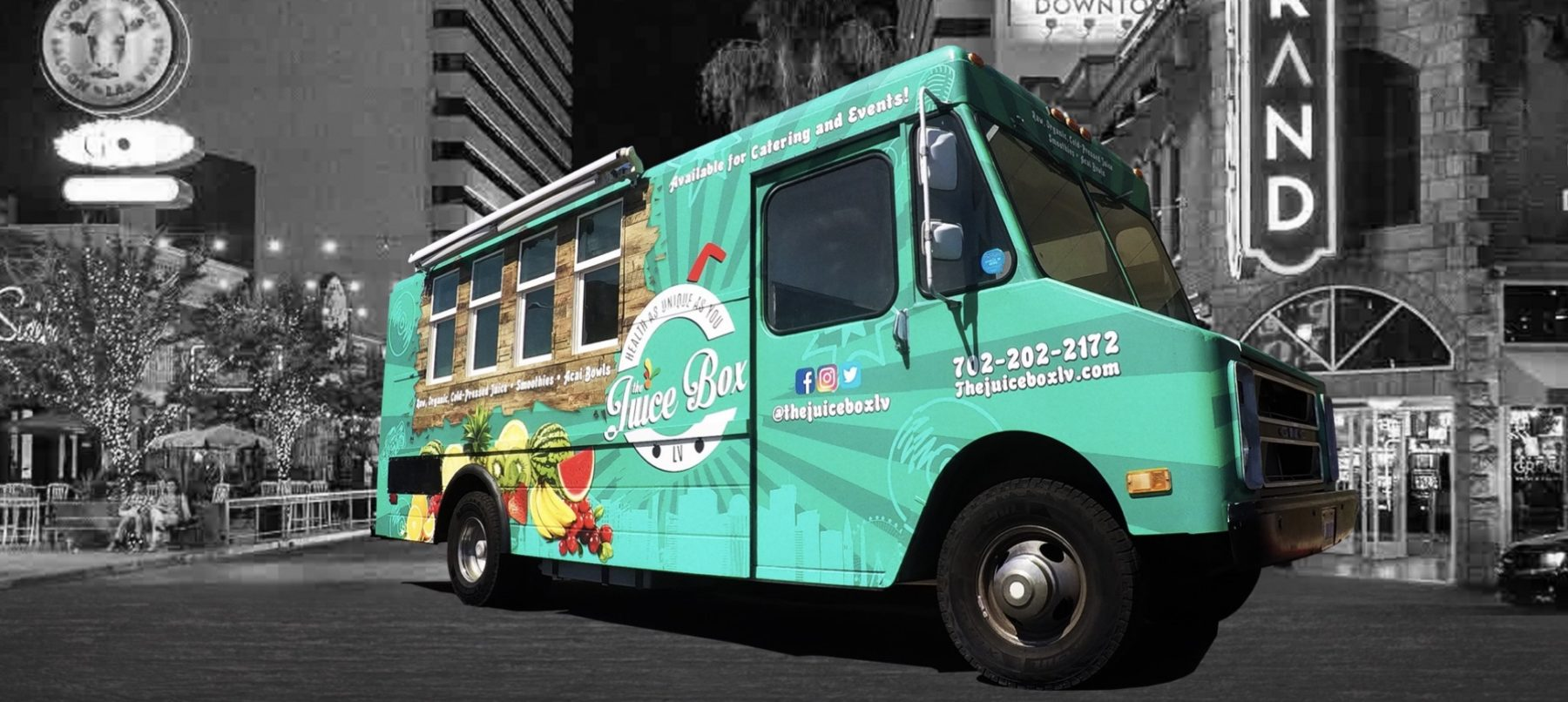 Las Vegas has its first vegan food truck, Juice Box LV serving organic raw, cold-pressed juices, smoothies and bowls. For more vegan options in Las Vegas, visit www.vegansbaby.com